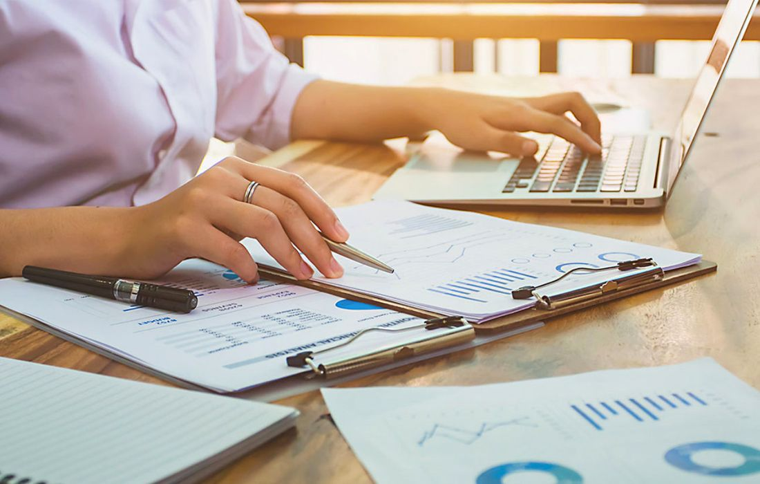Professional-Bookkeepers-Help-in-Increasing-the-Revenue-of-your-Business